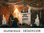 Cozy Halloween Decorations Wit...
