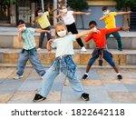 Girls And Boys Hip Hop Dancers...