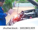 Auto mechanic  ecu tuning  with ...