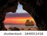 Scenic Coastal Dream. Cave Vie...