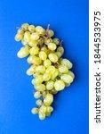 White Sultana Grape Bunch...
