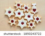 Homemade Linzer Cookies In A...