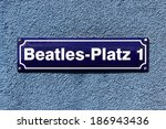 Постер, плакат: Street sign of Beatles