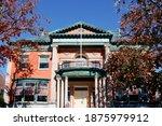 Historical Holder Memorial Hall ...