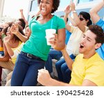sports spectators in team... | Shutterstock . vector #190425428