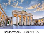 Stock photo sunset at brandenburg gate of berlin germany 190714172