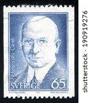 Small photo of SWEDEN - CIRCA 1972: stamp printed by Sweden, shows Alexis Carrel, circa 1972