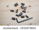 Universal Socket Wrench With A...