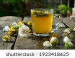 Medicinal Tea From Dandelion In ...