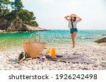Beach Stuff Straw Hat And Bag...