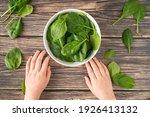 Fresh Organic Healthy Spinach...