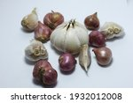 garlic isolated on white... | Shutterstock . vector #1932012008
