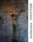 Sculpture Of Jesus Crucified In ...