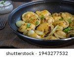 pelmeni dumplings making...