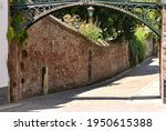Burnet Patch Bridge 1814, the road with the stone wall