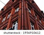 Red And Brick. Dublin Fa Ade.