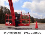 Construction Lift And Boom Lift ...
