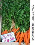 Постер, плакат: Bunches of carrots for