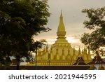 Pha That Luang Vientiane Golden ...