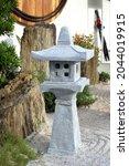 Beautiful Stone Shrine Lanterns ...