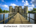 historic bodiam castle and moat ... | Shutterstock . vector #213121852