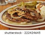 Salisbury Steak With Onions And ...