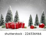 Red Christmas Balls Gift Boxes...