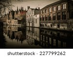 Houses Along Canal In Bruges ...