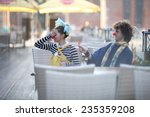 Clowns Dating  Man Gives A...