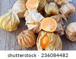Cape Gooseberry  Physalis  On...