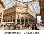 Milano Shopping Mall Galleria...