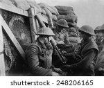 British Ww1 Machine Gun Crew I...