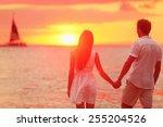 Honeymoon Couple Romantic In...