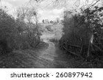 English Countryside   Footpath...