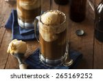 refreshing root beer float with
