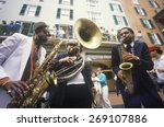 Постер, плакат: Jazz musicians performing on