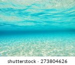 Defocused Underwater Sea...