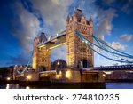 Tower bridge at dusk in london  ...