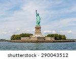 New York   August 2014  Statue...