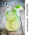Homemade Lemonade With Lime ...