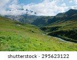 Ville Des Glaciers   Region Of...