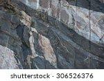 blueish grey gneiss  cross cut...