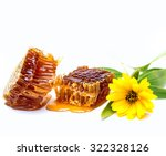 sweet honeycombs with yellow... | Shutterstock . vector #322328126