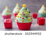 Cupcakes With Christmas Tree...