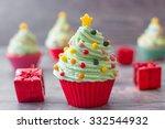 Cupcakes With Christmas Tree...