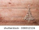 Simple Christmas Tree Arranged...