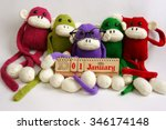 Family Of Stuffed Animal Sit A...
