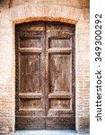 Background Door From Iltalian...