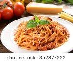 spaghetti bolognese   Shutterstock . vector #352877222