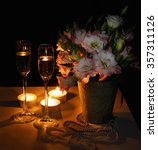 Romantic Dinner With Bouquet O...